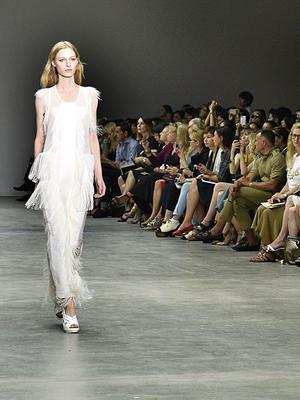 Watch Calvin Klein's S/S 15 Show Live