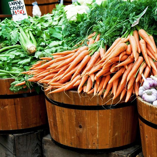 Haylie Duff's 6 Favorite Fall Farmers Market Ingredients