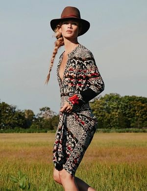 Carolyn Murphy Goes Boho-Chic For Net-A-Porter's The Edit