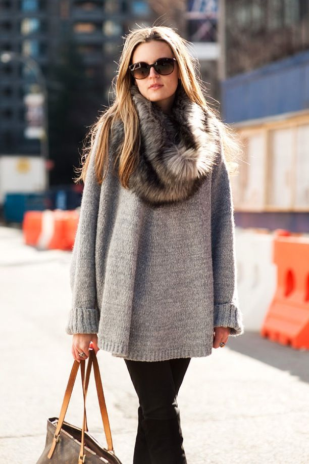 Street Style: Oversized Sweaters