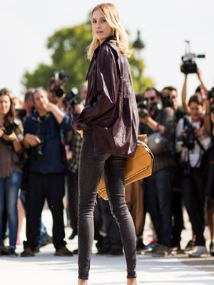 The Slimming Jeans Every Girl Should Have in Her Closet