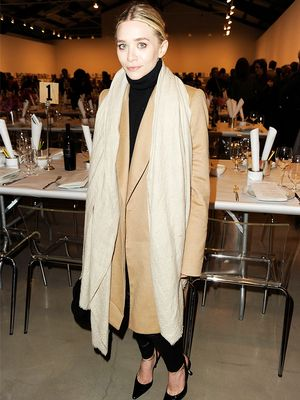 Mary-Kate and Ashley Olsen's Greatest Coat Looks of All Time
