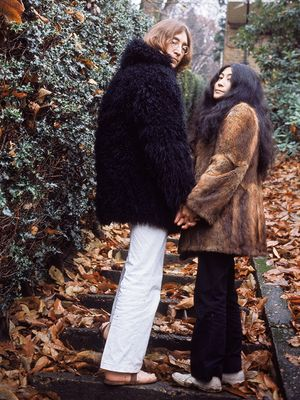 #TBT: 12 Rare John Lennon and Yoko Ono Photos