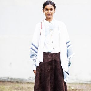 Totally Chic Ways to Wear a Maxi Skirt This Fall