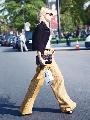 Outfit Inspiration! Here's How You Wear Wide-Leg Trousers