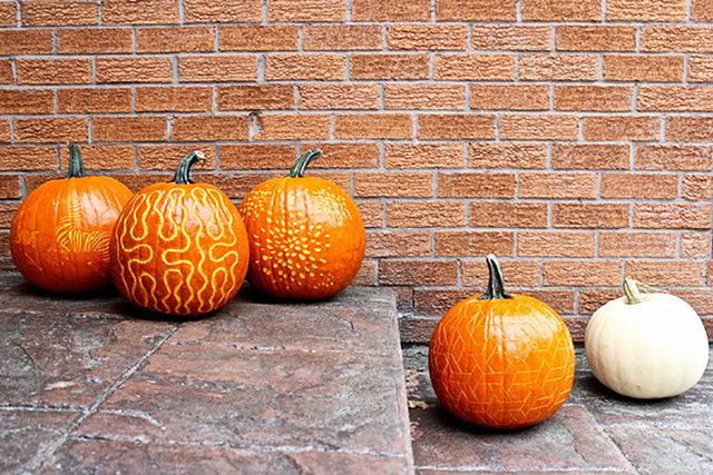 These Wallpaper-Inspired Pumpkin Carvings Are Everything