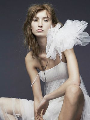 See Vera Wang's Slightly Grungy Latest Bridal Collection