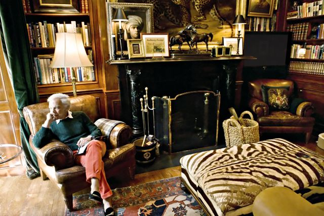 It's no surprise that Lauren's own homes (yes, plural) are as elegant as his housewares. Touring them is uncannily like walking into a catalog. The designer owns five: a rural estate...
