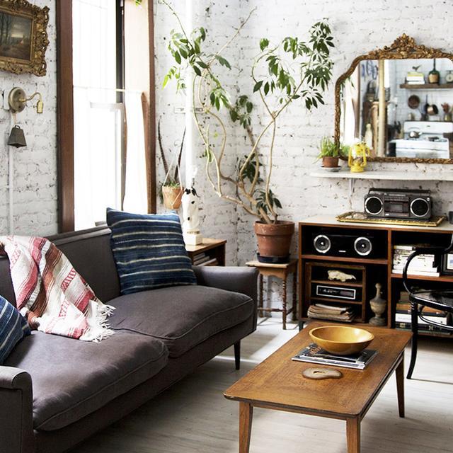 11 gorgeous studio apartments to inspire you mydomaine au for Apartment design mistakes