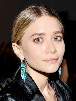 From Ashley Olsen to Kate Moss, 13 Earrings Celebs Are Loving
