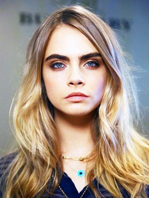 Cara Delevingne Smolders in a Smoky Eye (Plus, More Celeb Beauty!)