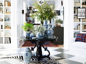 Home Tour: Inside an Awesome Coastal California Home