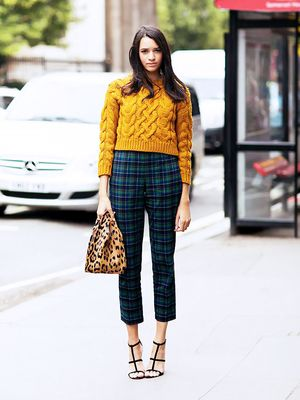 15 Cool Ways to Wear a Cropped Sweater