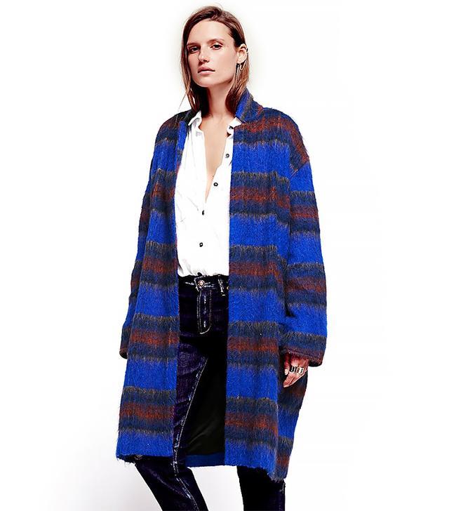 Alexa Chung S Guide To Wearing A Fall Coat Whowhatwear