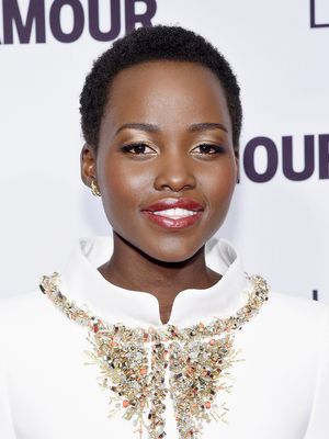 The Secret to Lupita's Metallic Gold Eye Shadow