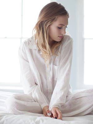 Robin Wright Forays Into Fashion, Designs Chic Sleepwear Collection
