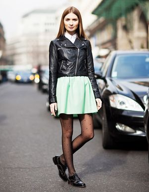 #StyleHack: 1 Easy Step to Prevent Runs in Your Tights