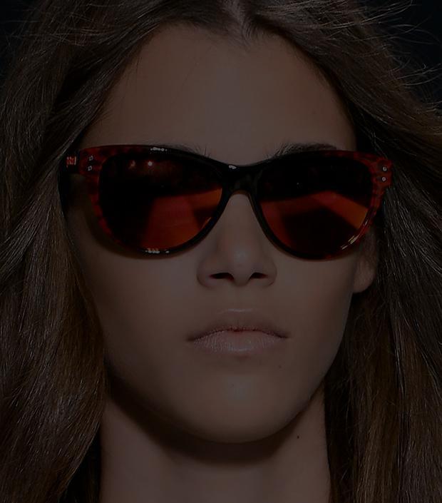 Summer Accessory Essential: Red Sunglasses