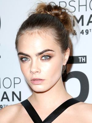 Cara Delevingne Trades In Her Tomboy Style For a Sexy Sequin Look