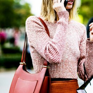 Chic Ways to Wear a Cropped Sweater for Fall