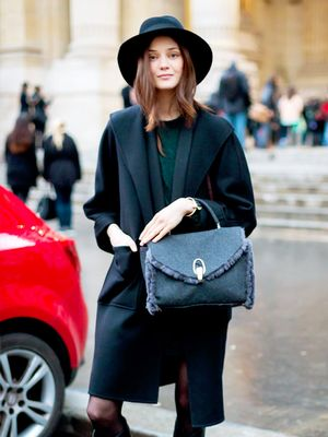 Hungover? 11 Foolproof Outfit Ideas to Wear Today