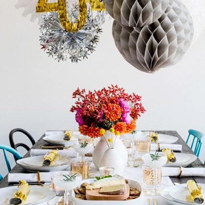 7 Last-Minute Ideas for a Stylish New Year's Party