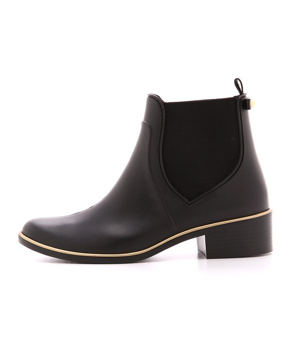 Hate The Rain? These 13 Stylish Rain Boots Might Change Your Mind ...