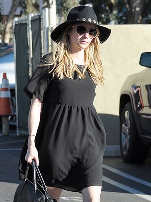 Emma Roberts Proves All Black Doesn't Have to Be Boring