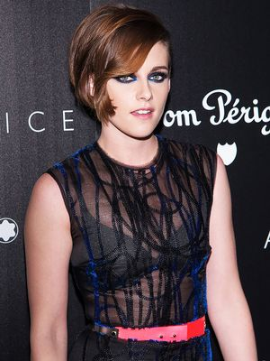 Whoa—Kristen Stewart STUNS in Electric Blue Eyeliner
