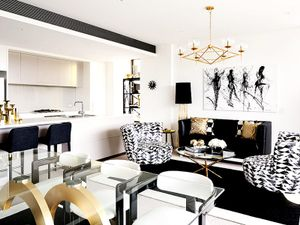 Inside an Ultra-Glam High-Contrast Home