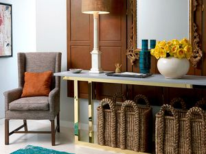 9 Essential Accessories for Crafting a Stunning Vignette