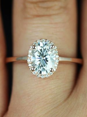 How to Make Your Engagement Ring Look Bigger (Yes, Really)