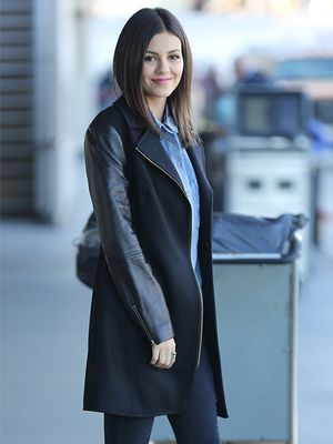 Heading Out of Town Soon? Copy Victoria Justice's Cool Travel Look