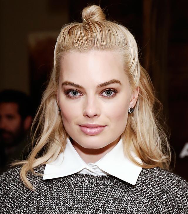 The Trick to Margot Robbie's Cool-Girl Half-Bun