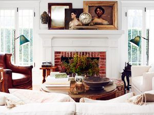 Home Tour: The Fresh and Airy Space of a Lifelong Collector