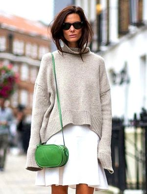7 Looks That Have Us Crushing On Green Bags