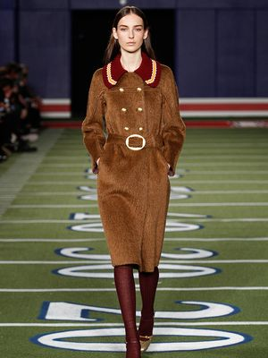 Tommy Hilfiger F/W 15: When '70s Glam Meets Preppy