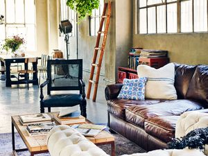 7 Genius Tips for Shopping a Home Décor Sale