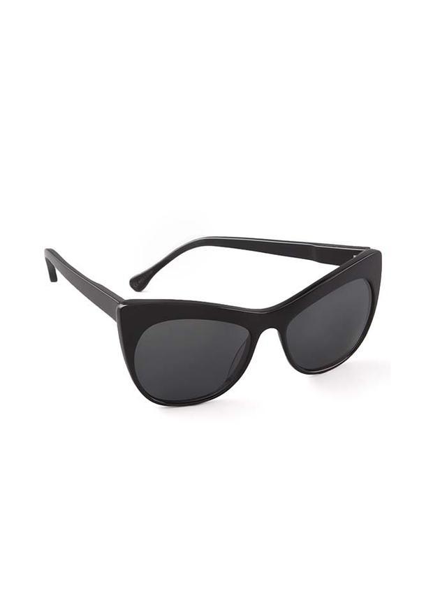 3 Hacks to Fix Scratched Sunglasses