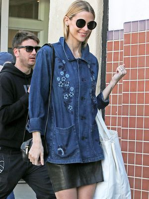 Jaime King Shows Off the Perfect Saturday Shopping Look