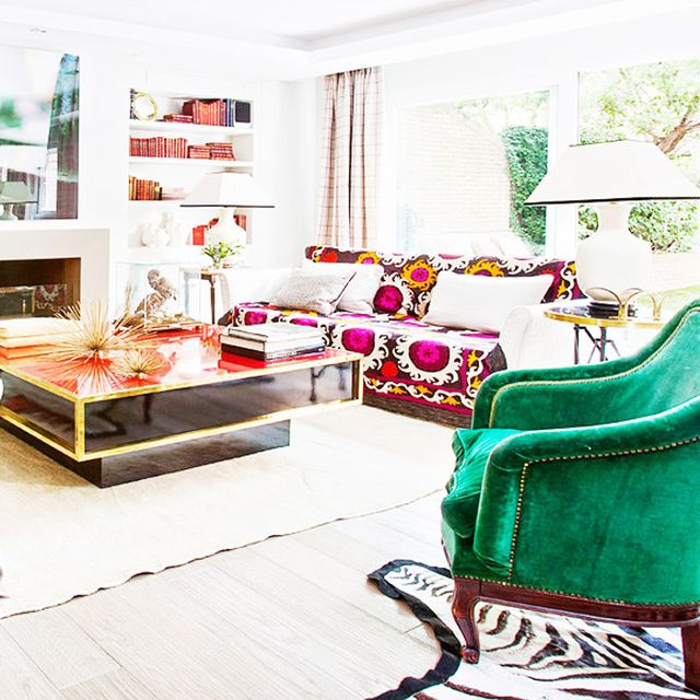 5 of the Most Stunningly Colorful Living Rooms