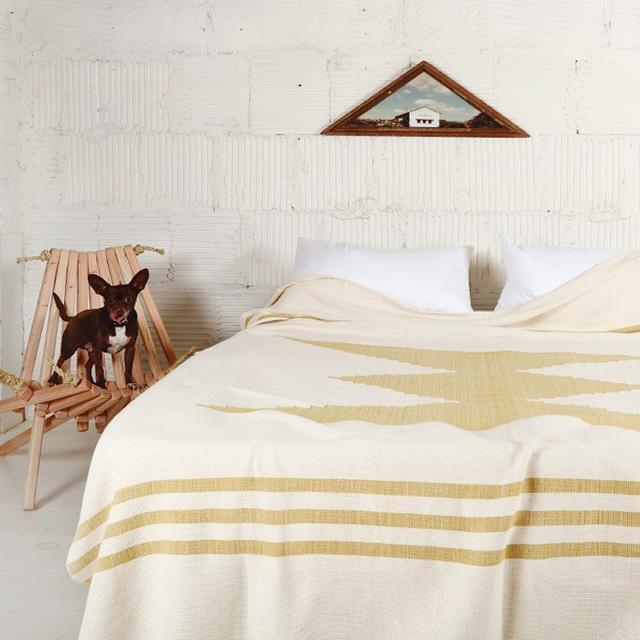 The Best Lightweight Bedding for Spring