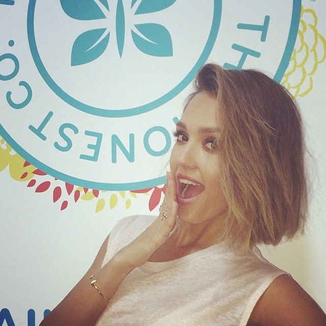 Stop Everything—Jessica Alba Chopped Off All Her Hair