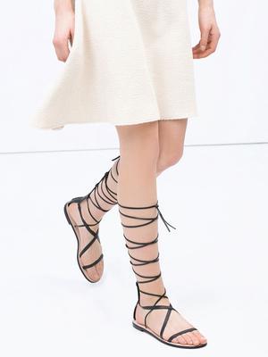 #TuesdayShoesday: 7 Lace-Up Black Gladiator Sandals