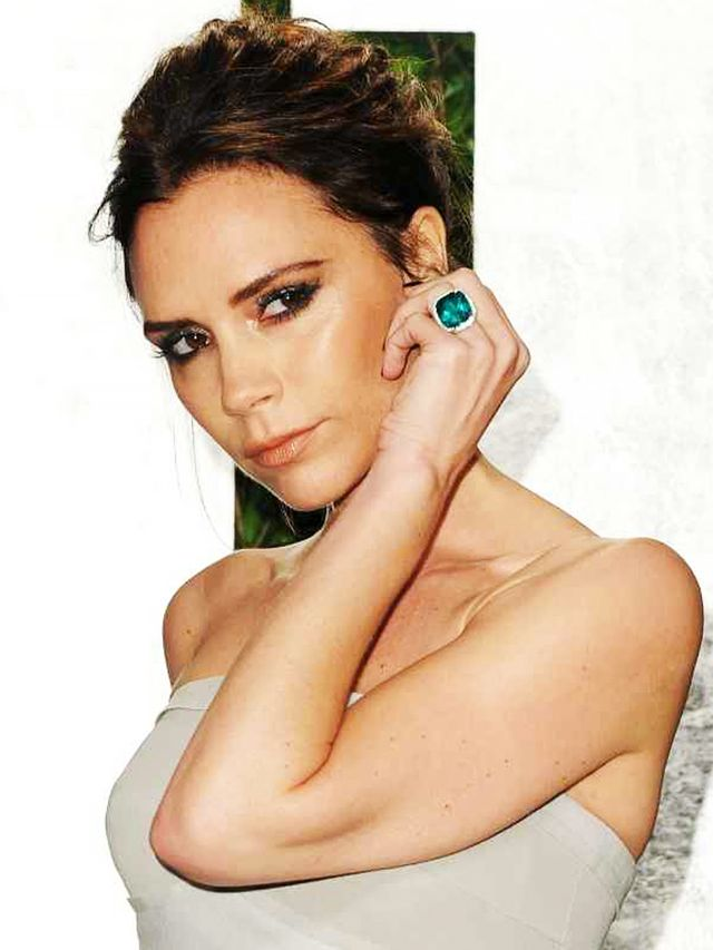 whoa victoria beckham has upgraded her engagement ring 13 times whowhatwear uk - Victoria Beckham Wedding Ring