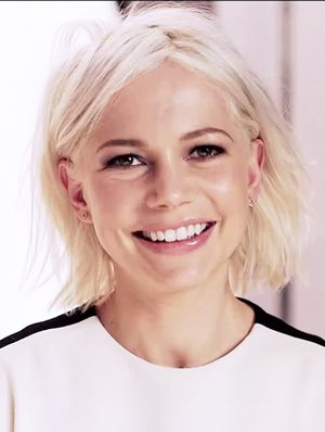 Michelle Williams - Beauty Tips, Secrets and News | Byrdie