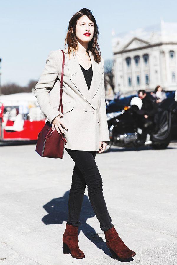 4. They rewear favorite outfit combinations.