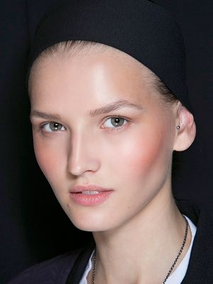 An Expert Weighs In: How to Soothe Redness and Calm Flushed Skin
