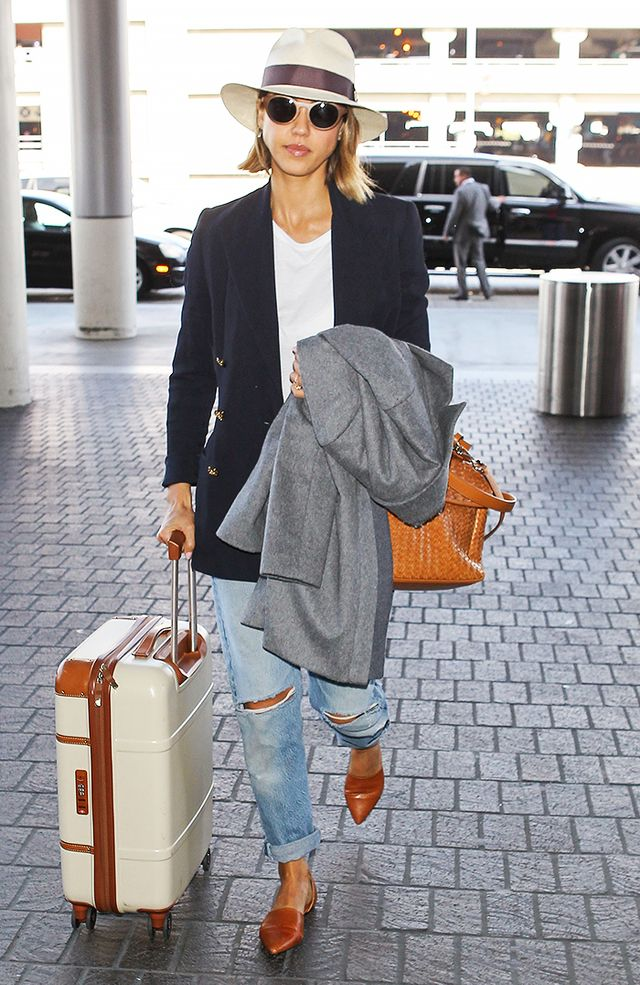 The Celebrity Guide to Dressing Comfortably at the Airport