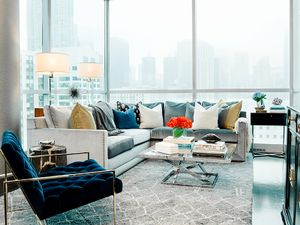 Before and After: A Chicago Condo Becomes a Stylish Pied-à-Terre